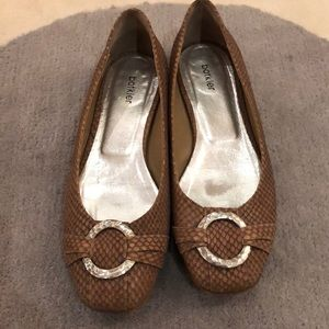 Leather flats, made in Italy.